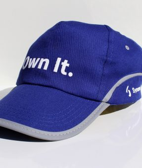 כובע עם הדפסה
